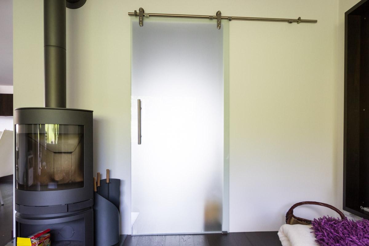 schreinerei esslingen schreinerei weber gmbh mit vordach. Black Bedroom Furniture Sets. Home Design Ideas